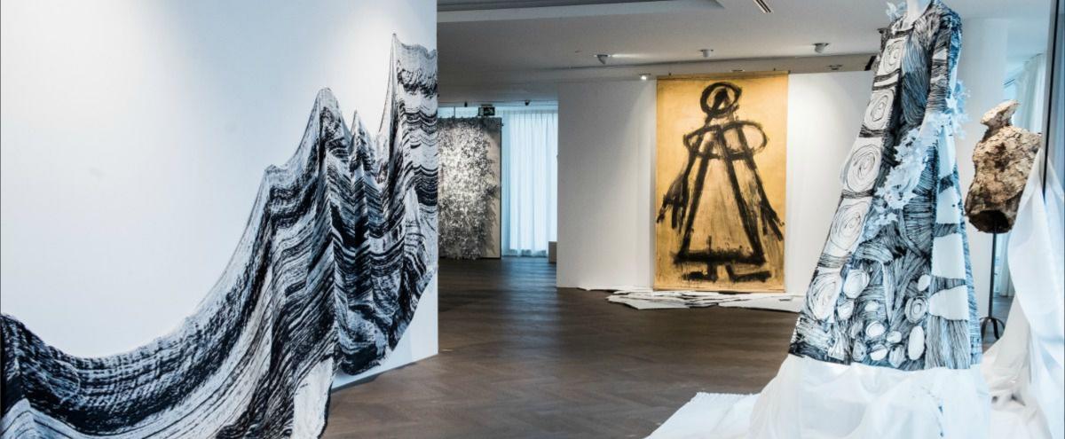 Kunst en mode bij Belfius Art Gallery